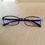 メガネによく使われるTR-90という素材の特徴とは?