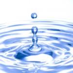 コンタクトレンズの含水率って高い方がいいの?低いほうがいいの?