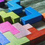 テトリスをプレイすると弱視が改善される可能性があるのはなぜか?