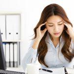 コンタクトレンズって頭痛の原因になったりしますか?